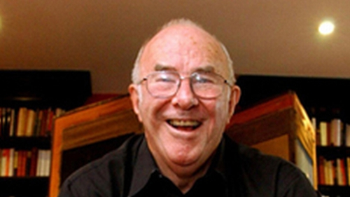 Clive James in healthier days but the glories of nature are keeping him busy