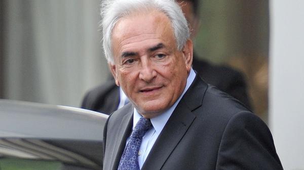 Dominique Strauss-Kahn - Taken from plane bound for Paris