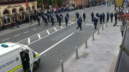 Gardaí confront protestors on Dorset Street (Pic: Ed Leahy)
