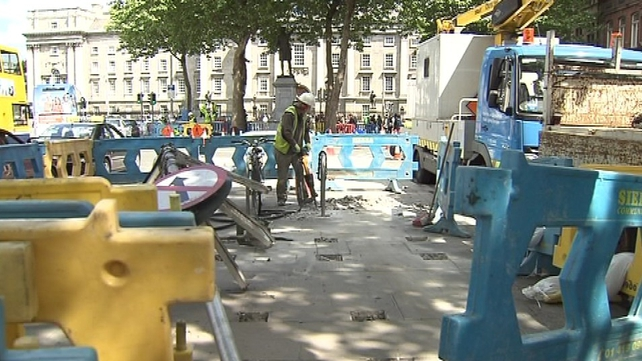 College Green - Preparations under way