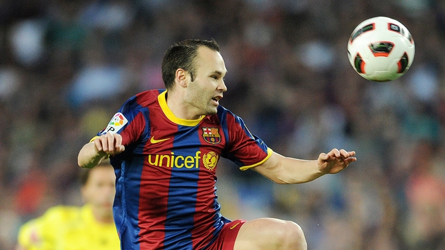 Andres Iniesta scored two penalties for Barca in 4-0 win