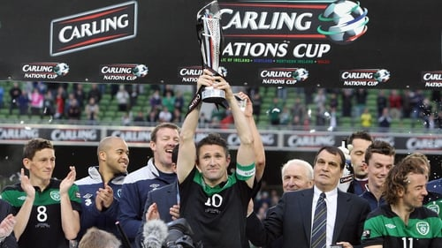Robbie Keane - Lifts the Carling Nations Cup trophy at the Aviva Stadium