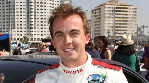 Frankie Muniz Says His Cat Turned On Faucet And Flooded His Home