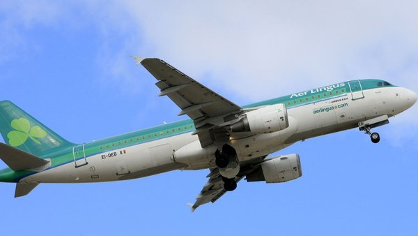 Cabin crew at Aer Lingus was a roster structure that mirrors the one used by pilots