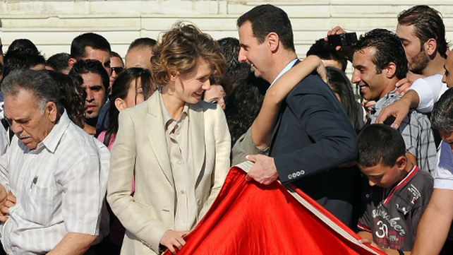 Bashar al-Assad - Met supporters with his wife Asma