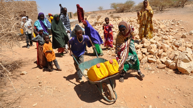 Somalia - Families have a daily water allowance of two 20-litre jerrycans (Pic: Oxfam)
