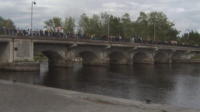 Protests took place at Shannon bridges