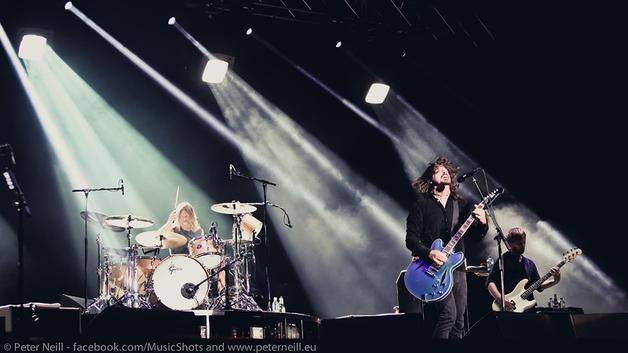 Foo Fighters on Saturday night Photo: Peter Neill
