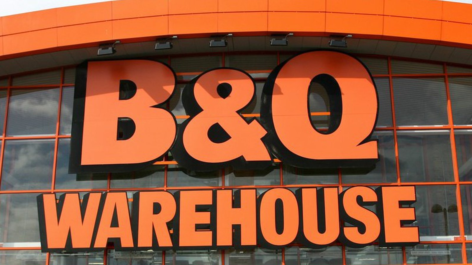 B&Q Ireland fined €250,000 over man's death