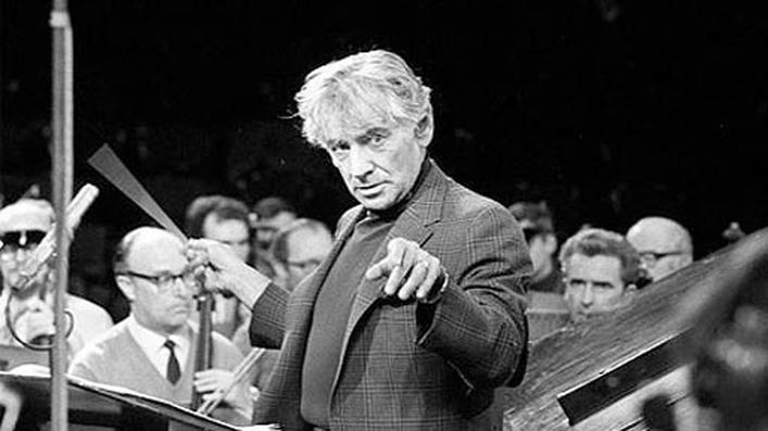 Aedín includes Bernstein and Gershwin on Easter Sunday