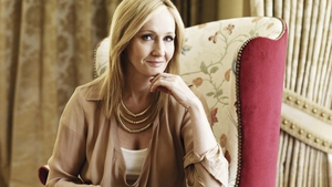Rowling: the first female novelist in the world to become a billionaire