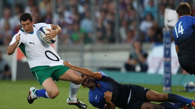 Rob Kearney - Is hauled down by David Marty