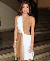 Mendes launches fashion line