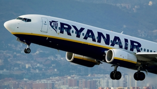 Ryanair profits and revenues rise by 13%