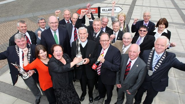 Killarney celebrates tidy town award