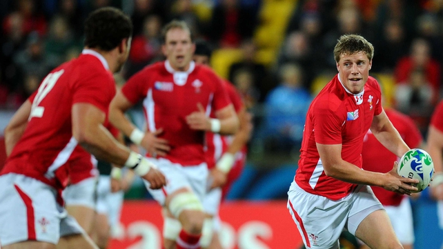 Rhys Priestland in action during RWC 2011