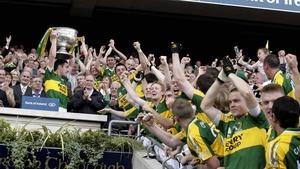 Declan O'Sullivan lifts Sam Maguire in 2007