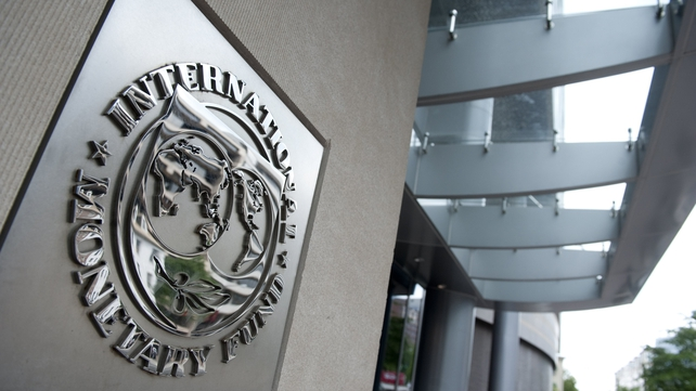 Newspaper article had suggested that IMF could be alternative source of loans to Ireland