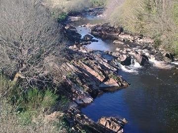 Abhainn: 2nd bridge up from Cloghan