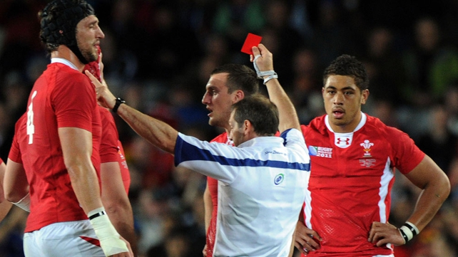 Sam Warburton gets his marching orders from Alain Rolland