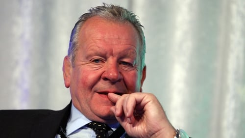 Bill Beaumont is favourite to become the next IRB chairman