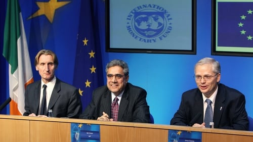 The EU-IMF troika pointed to challeneges that require continuing efforts