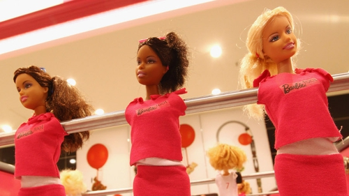 Preliminary figures saw Mattel's sales fall 5.7% in the last three months of 2014