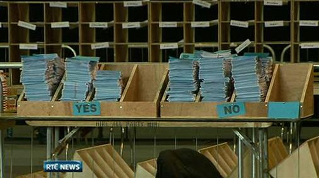 Six One News: Oireachtas inquiries referendum set to be defeated