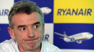 Ryanair chief executive Michael O'Leary is in discussions with manufacturers