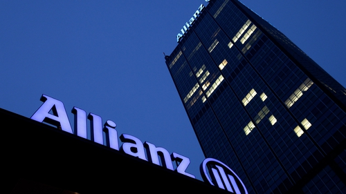 Pimco Returns to Net Inflows, Boosting Allianz Shares