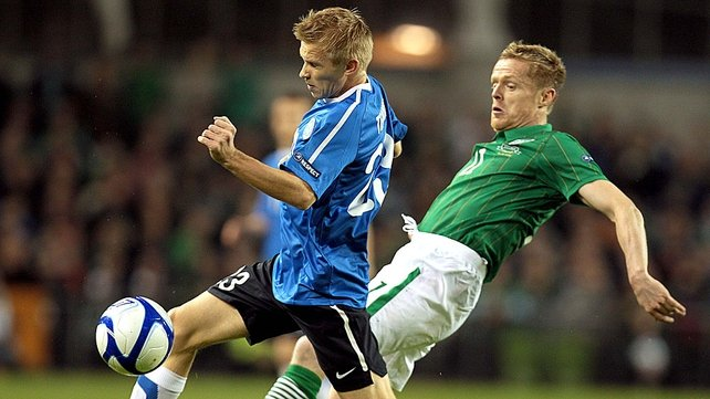 Damien Duff gets stuck in early as Ireland look to put the fixture beyond doubt