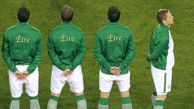 Damien Duff faces the traditional direction for the national anthem