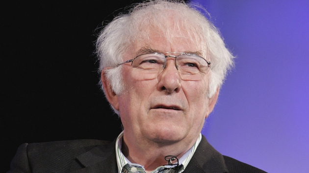 Irish poet Seamus Heaney has died, agedd 74