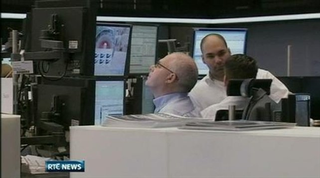 Six One News: Italy forced to pay record interest rates
