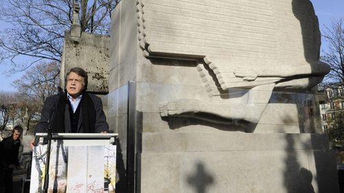 Oscar Wilde's only grandson Merlin Holland at today's ceremony