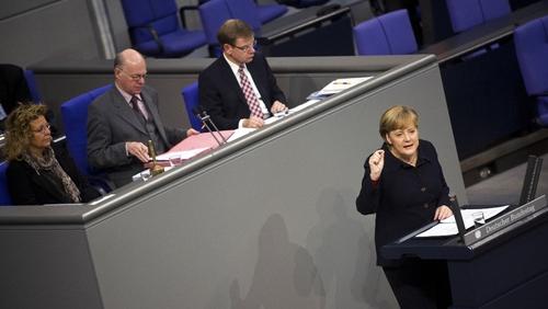 Angela Merkel addresses the Bundestag on the eurozone crisis