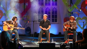 Edwyn Collins in performance on Other Voices in 2011