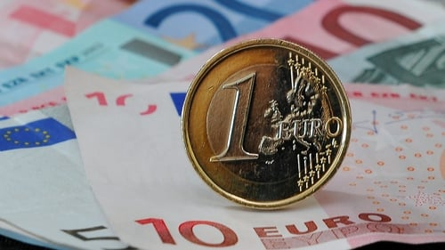 Taxpayers have received an average refund of €400