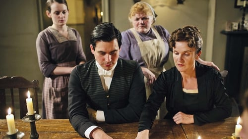 Rob James-Collier as Thomas with Lady's Maid O'Brien