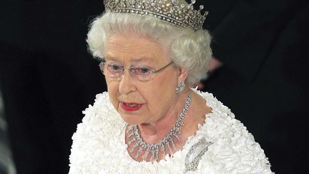 Queen Elizabeth - is she a GOT fan?