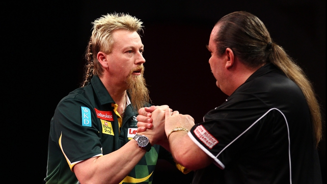 Simon Whitlock and Dennis Smith - Whitlock won his match