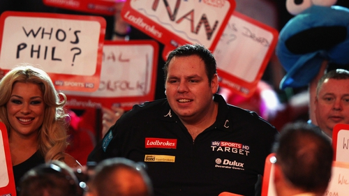 Adrian Lewis brushed aside Kevin Painter at the Alexandra Palace on Thursday evening