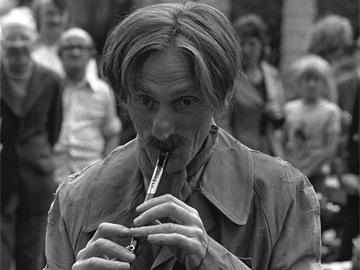 John Molloy's Dublin Beggar playing tin whistle