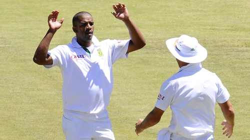 Vernon Philander - Helped South Africa continue their dominance