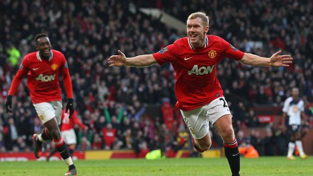 Scholes celebrates scoring the opener for United