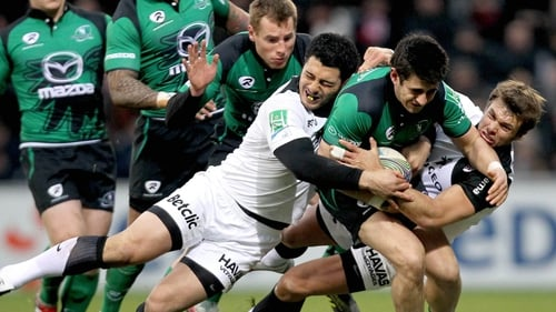Yann David and Vincent Clerc get to grips with Connacht's Tiernan O'Halloran