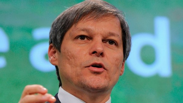 EU Agriculture Commissioner Dacian Ciolos said there must be strong targets set