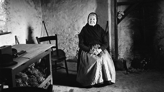 Peig, 1946 Photographer: Caoimhín Ó Danachairn By kind permission of the National Folklore Collection, University College Dublin.