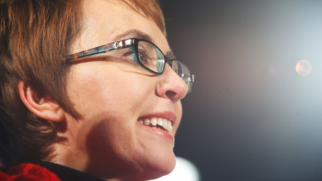 Gabrielle Giffords to focus on her recovery