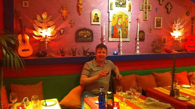 Ed kicks back (again) in Lanza at the Cantina Don Rafael